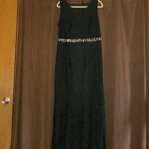 NWT Enfocus brand sleeveless black dress